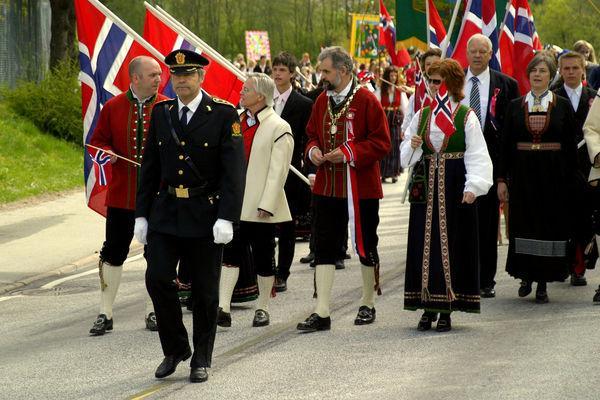 Norska folkdräkter