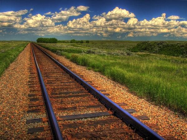 Planer på en snabbare järnväg mellan länderna